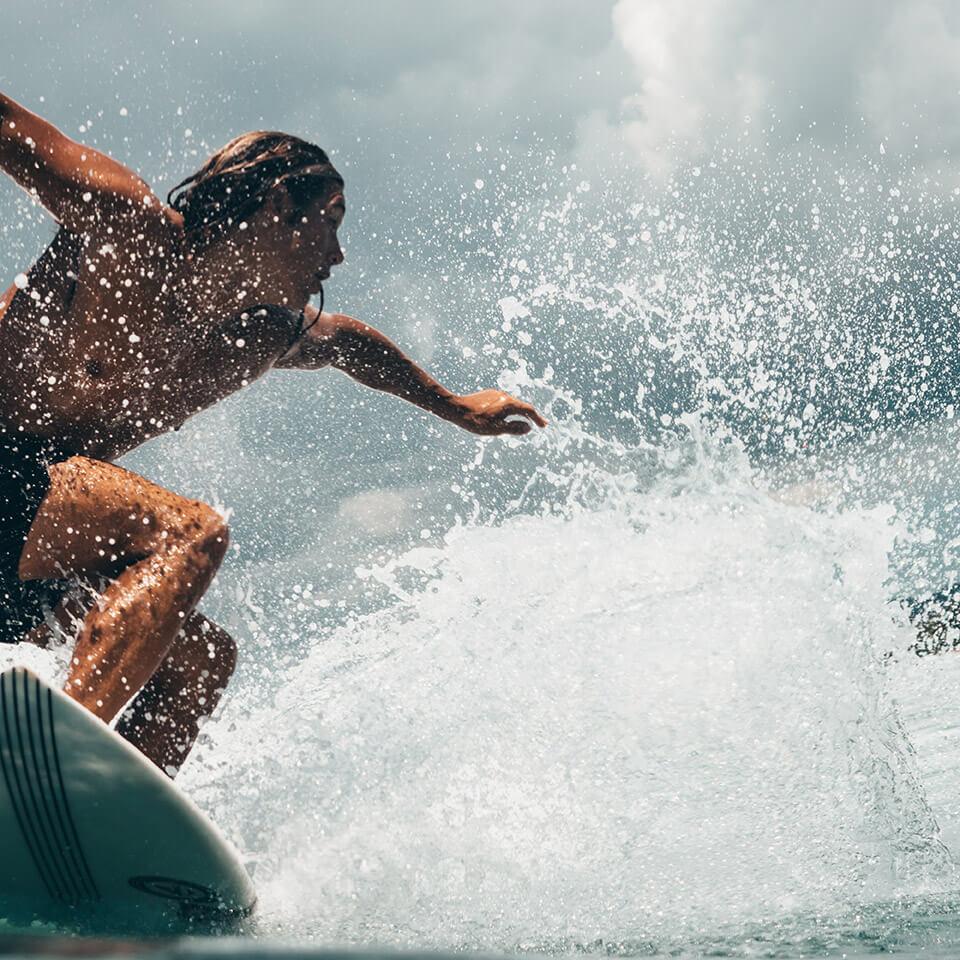 Social Honeycomb | Surf School