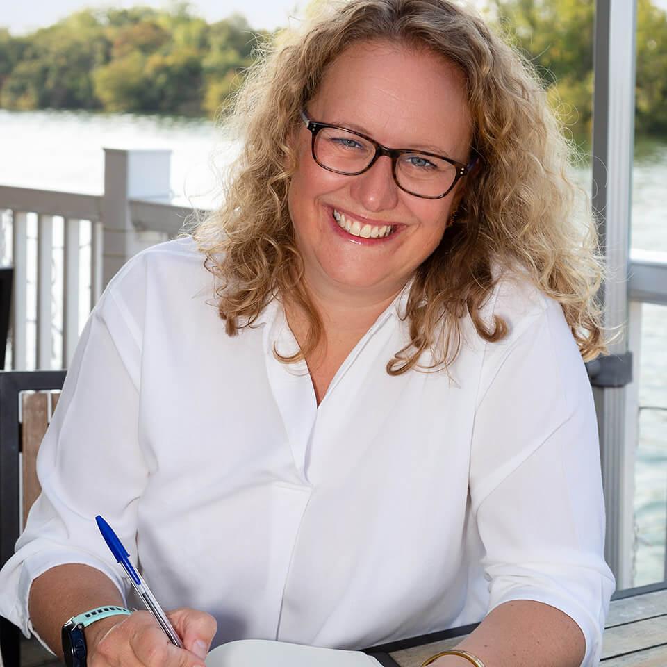 Social Honeycomb's Caroline McShane